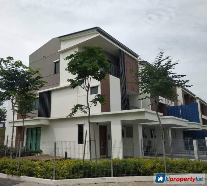 Picture of 3 bedroom Townhouse for sale in Puchong