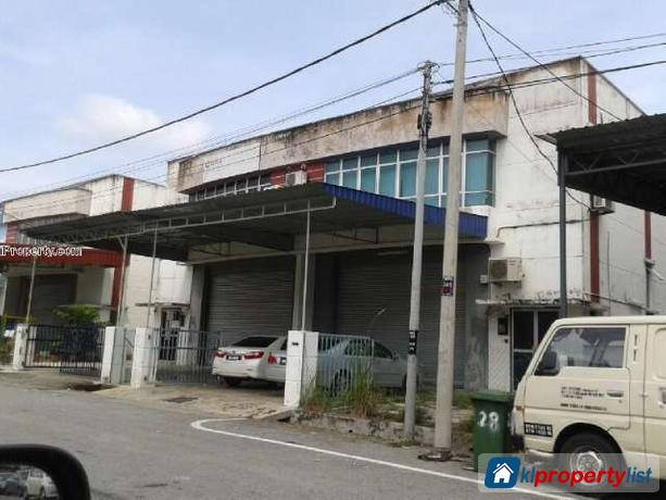 Picture of Warehouse/Store for sale in Batu Berendam