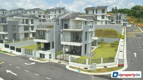 Picture of 6 bedroom Semi-detached House for sale in Kuantan