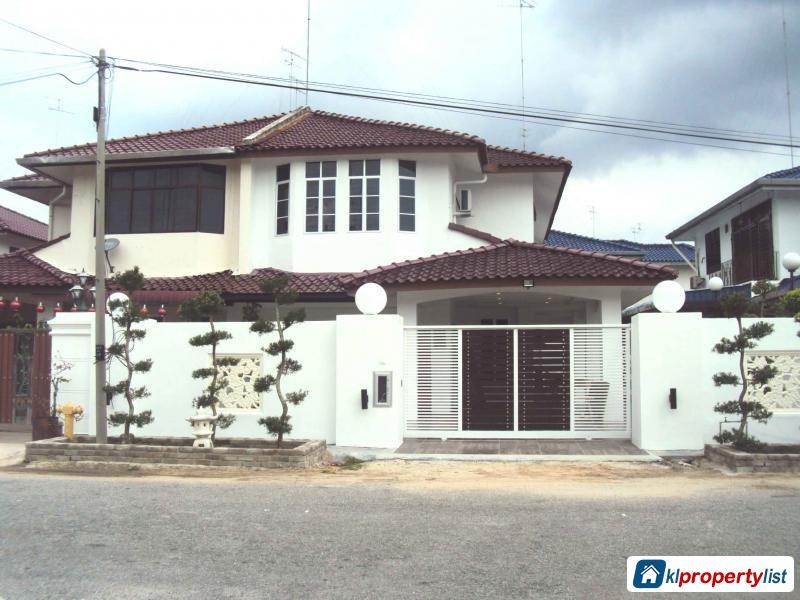 Picture of 4 bedroom Semi-detached House for sale in Muar