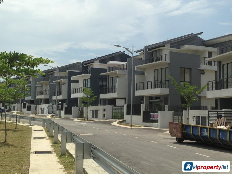 Picture of 6 bedroom Semi-detached House for sale in Pandan Jaya