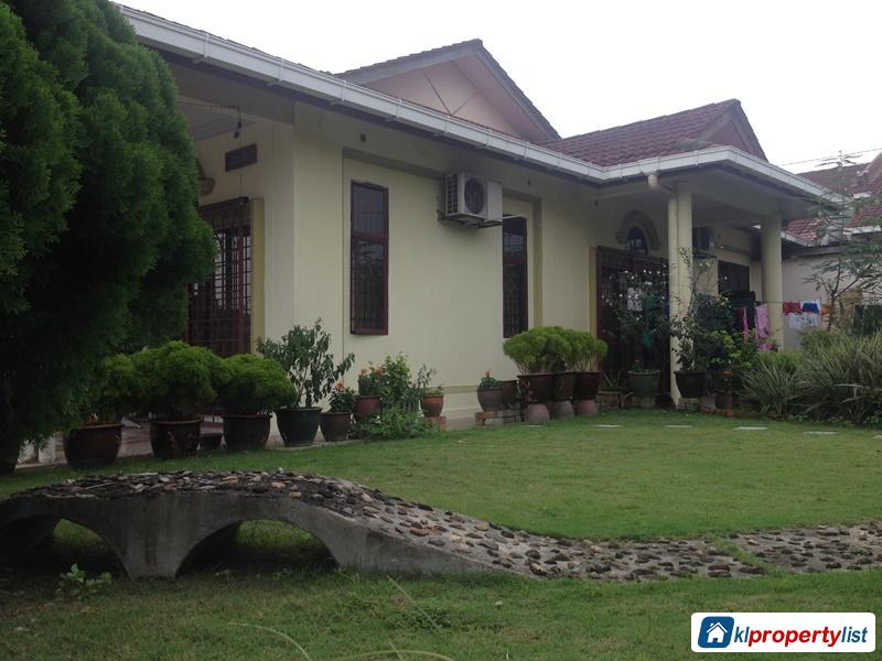 Pictures of 3 bedroom 1-sty Terrace/Link House for sale in Segambut