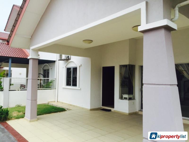 5 bedroom Semi-detached House for sale in Sungai Buloh