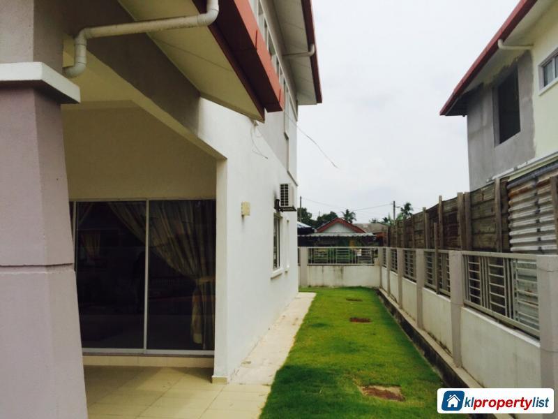 5 bedroom Semi-detached House for sale in Sungai Buloh in Selangor
