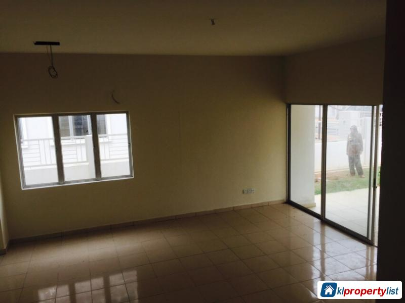 5 bedroom Semi-detached House for sale in Sungai Buloh in Malaysia