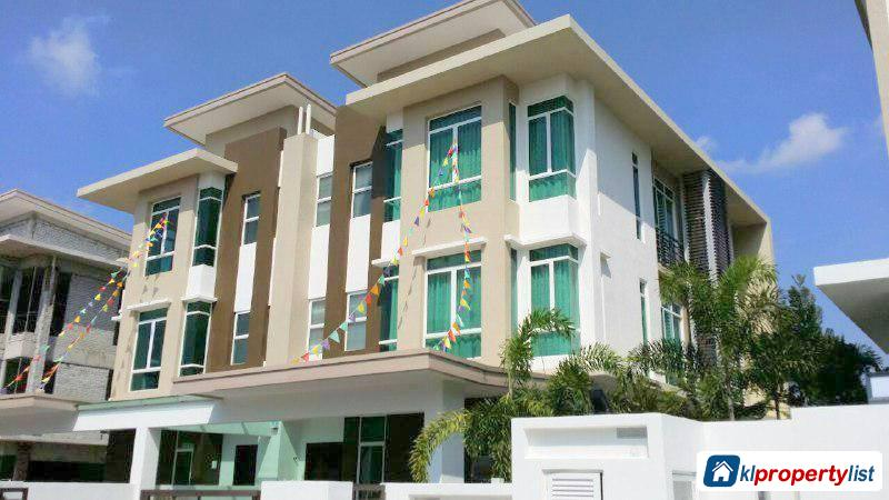 Picture of 7 bedroom Semi-detached House for sale in Kajang