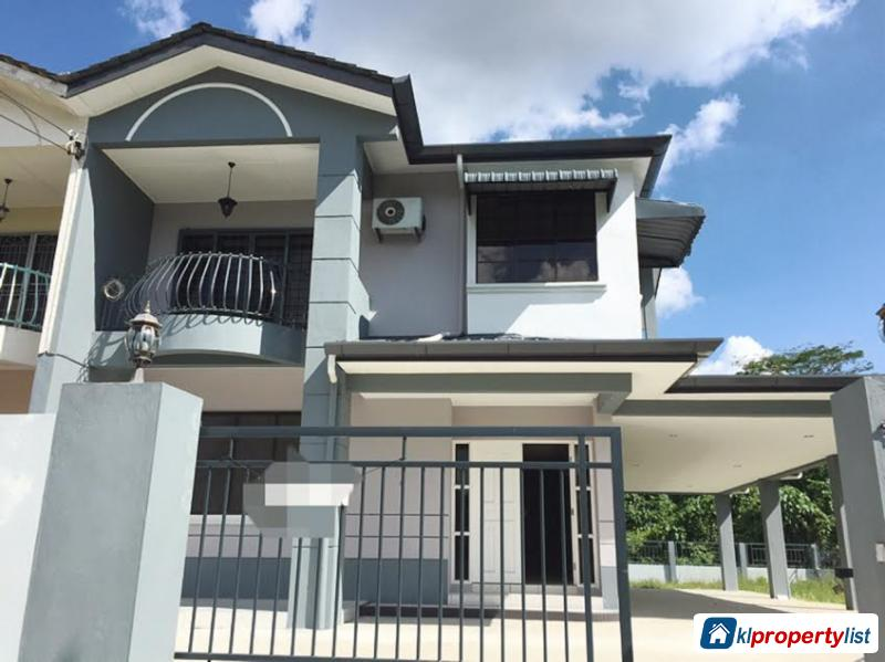 Picture of 4 bedroom Semi-detached House for sale in Kuching