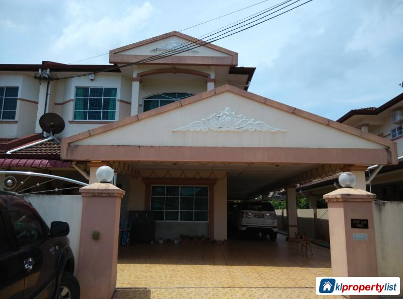 Picture of 5 bedroom Semi-detached House for sale in Kuching