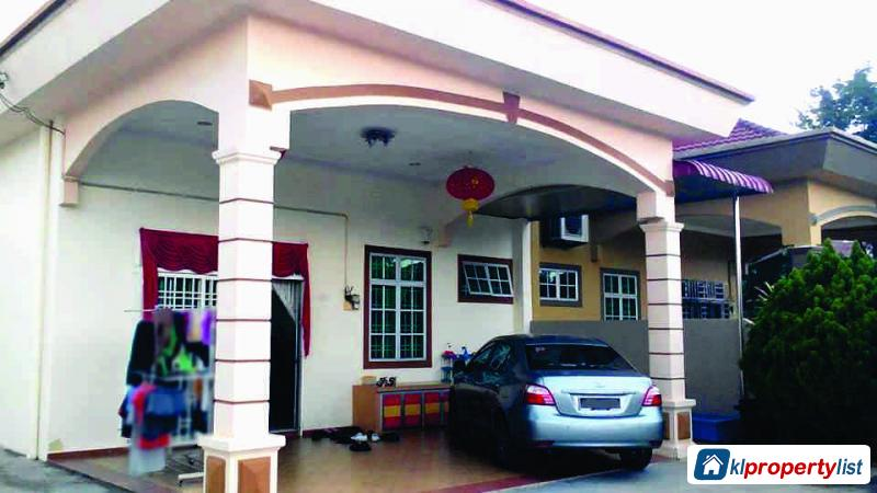 Picture of 3 bedroom Semi-detached House for sale in Muar