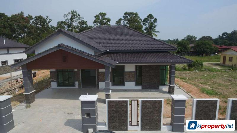 Picture of 4 bedroom Bungalow for sale in Muar