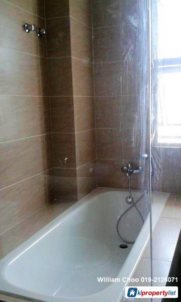 6 bedroom Semi-detached House for sale in Rawang - image 10