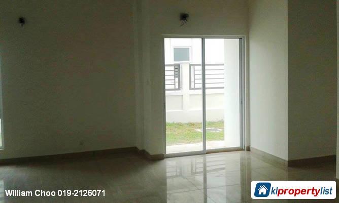 6 bedroom Semi-detached House for sale in Rawang in Selangor