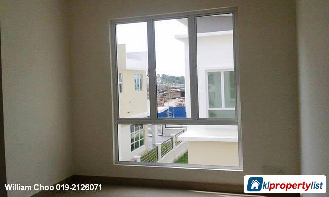Picture of 6 bedroom Semi-detached House for sale in Rawang in Malaysia