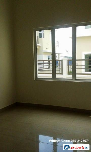 6 bedroom Semi-detached House for sale in Rawang in Malaysia - image